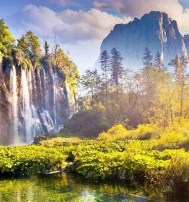 Split to Zagreb Transfer via Plitvice Lakes Tour